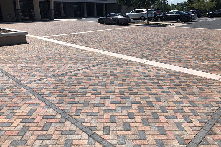 Hardscape Project: Keystone Holland Paver (4-color blend)